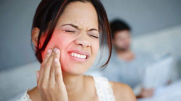 3 alimentos de fin de semana peligrosos para tus dientes